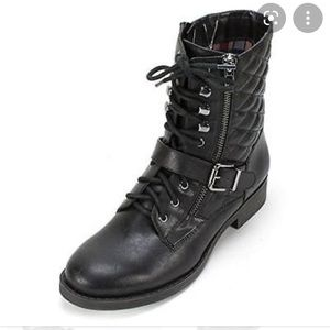 White Mountain Black Outlaw quilted combat boots with buckle size 10